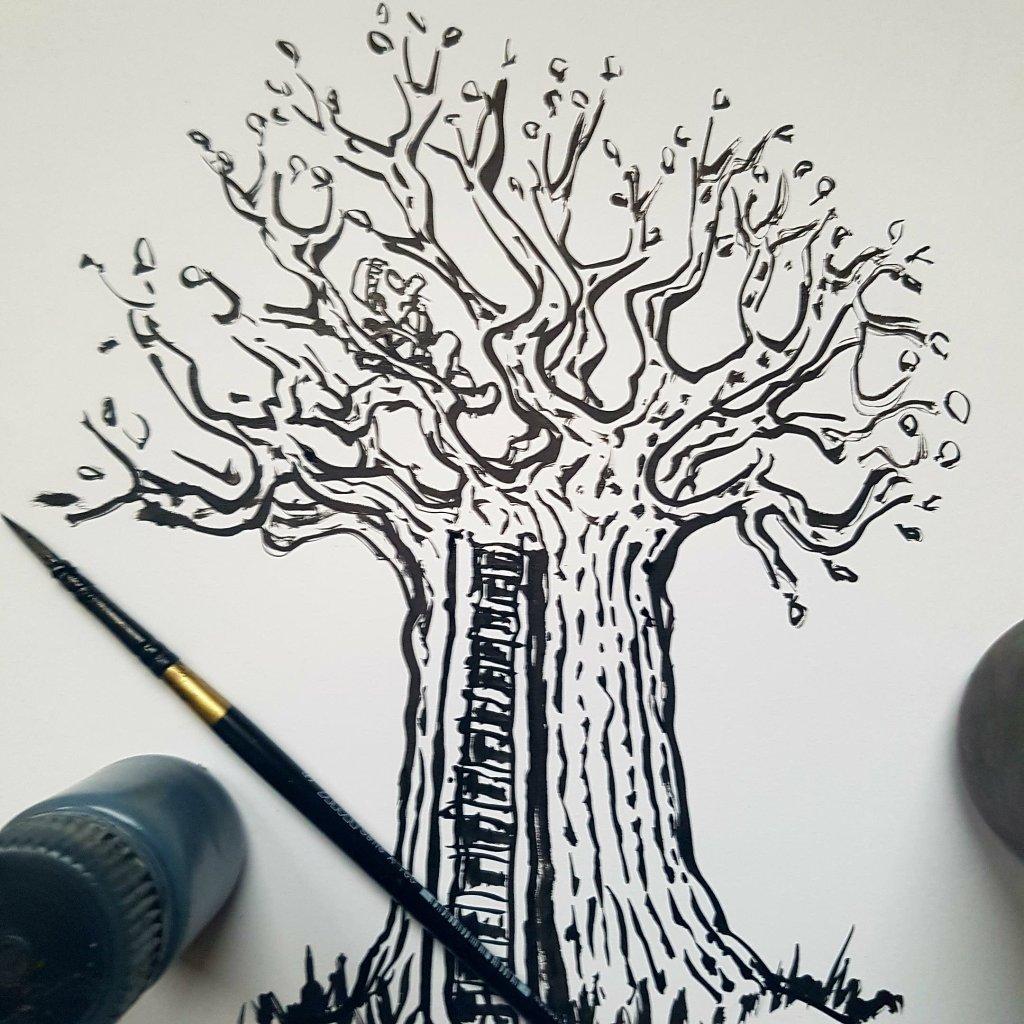 Hiker sitting in an tree